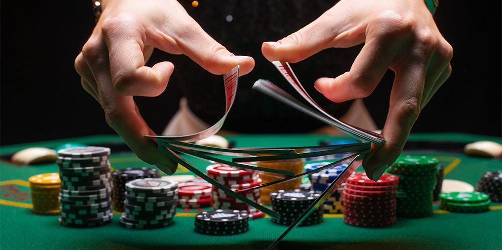 Почему играть в онлайн казино на деньги предпочтительнее, чем в реальных игорных домах
